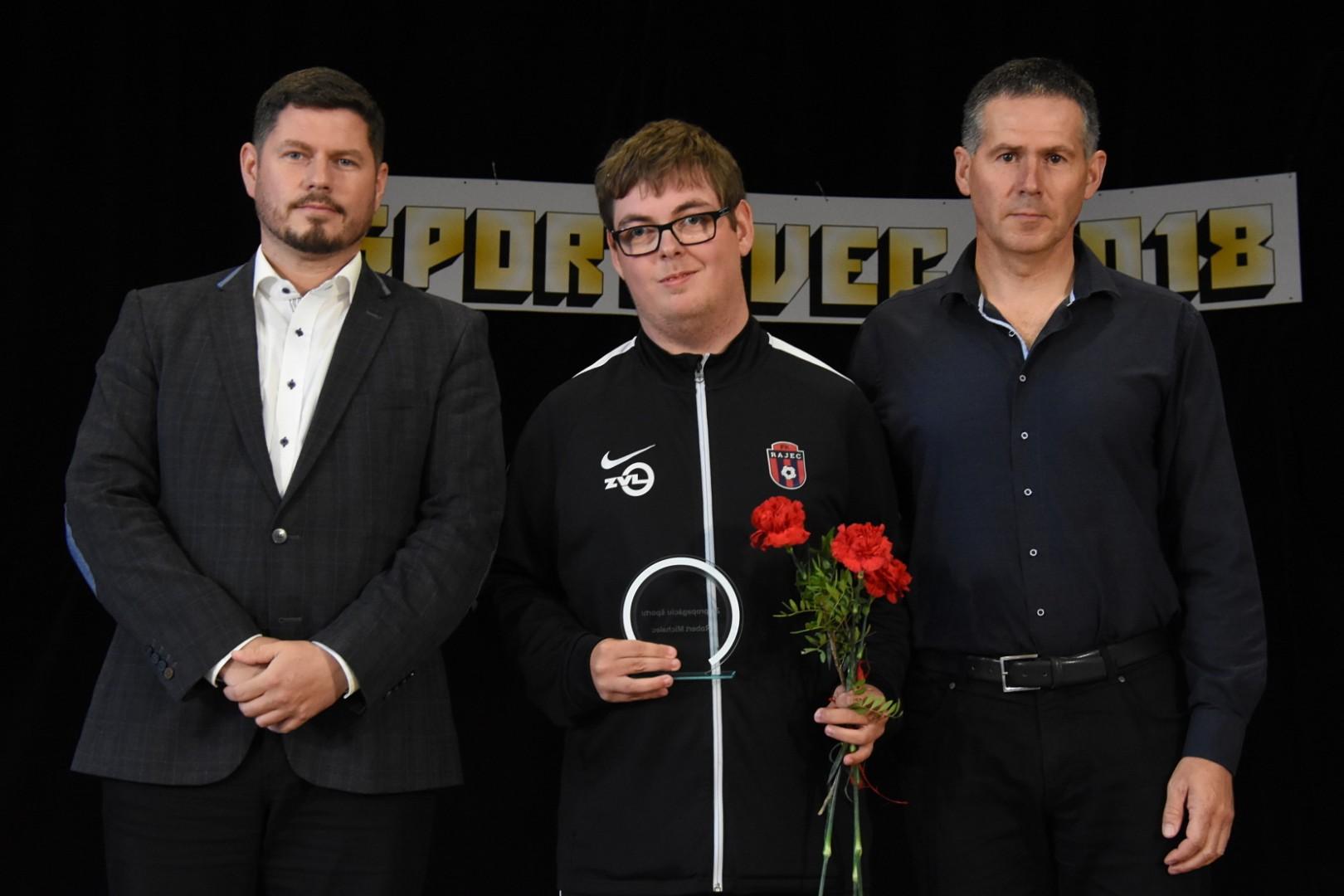 Športovec roka - za propagáciu športu dlhoročný vedúci A-mužstva Róbert Michalec